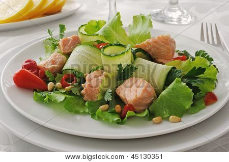 Salada de salmão