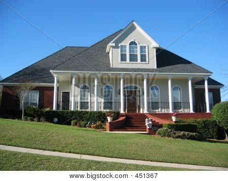 Executive Home4
