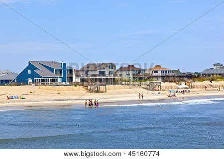 People Enjoy Bathing In Nags Head