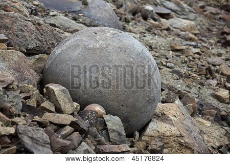 Round stones of Champ Island, Franz Jozef Land - geological phenomenon - spheres (geodes)