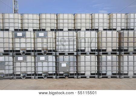 Plastic Chemical Tank