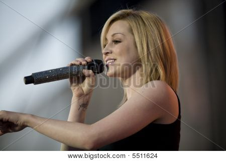 Kellie Pickler On Stage At The Cheyenne Frontier Days Rodeo