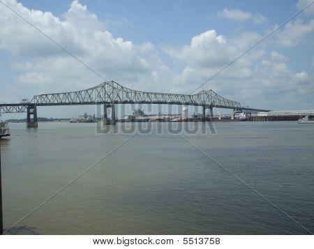 Baton Rouge Miss River Bridge