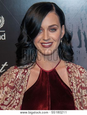 NEW YORK-DEC 3: Singer Katy Perry attends the 9th Annual UNICEF Snowflake Ball at Cipriani Wall Street on December 3, 2013 in New York City.