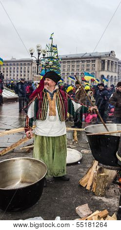 Everyday Life On The Maidan