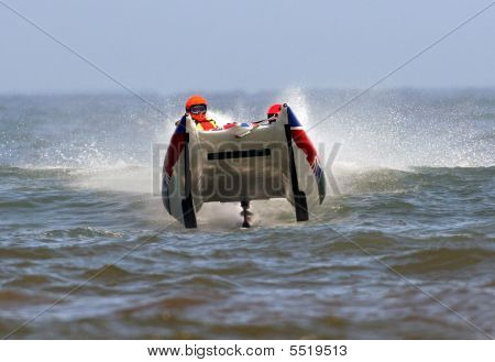 Powerboat Racing en el océano