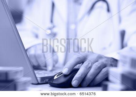 Arzt Vorbereitung online Internet Gesundheitsakte