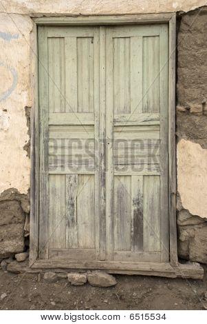 Old_green_door