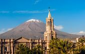 pic of population  - Volcano El Misti overlooks the city Arequipa in southern Peru - JPG