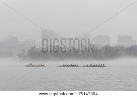 Washington DC -Rosslyn in heavy fog
