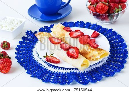 Pancakes With Strawberry And Cottage Cheese