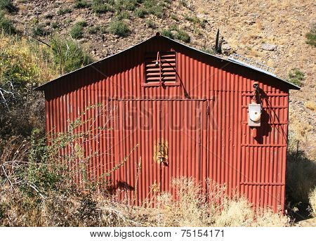 Red gauging shed