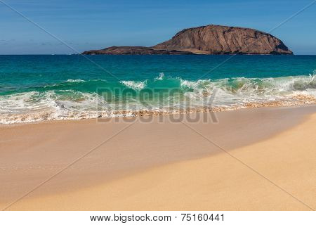 Isla Graciosa Beach View