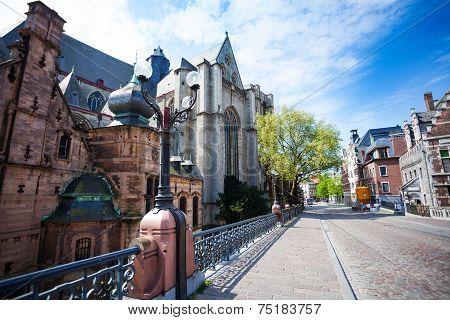 Saint Michael's Church, Sint-Michielsplein street