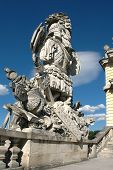picture of sissy  - Gloriette and beautiful statue in the garden of Schonbrunn - JPG