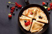 picture of berries  - pancakes with berries - JPG
