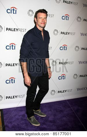 LOS ANGELES - MAR 8:  Scott Foley at the PaleyFEST LA 2015 -