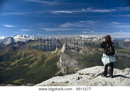Peer At Mountains