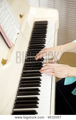 Pianist Plays Church Hymns