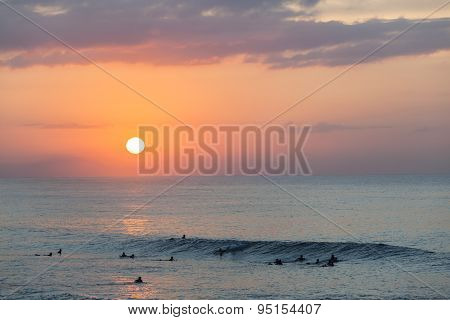 Surfers Sunrise Wave