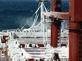 image of freeze  - freezing ice vessel may lead to the collapse and destruction of the vessel - JPG
