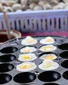 picture of quail  - Quail eggs of delicious at the market - JPG