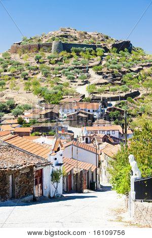 Castelo Melhor, vale do Douro, Portugal