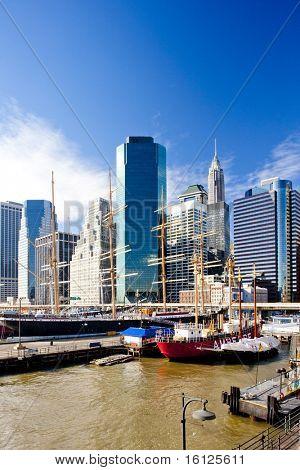 Pier 17, Manhattan, New York City, USA