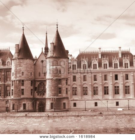 Palate Of The Conciergerie In Paris