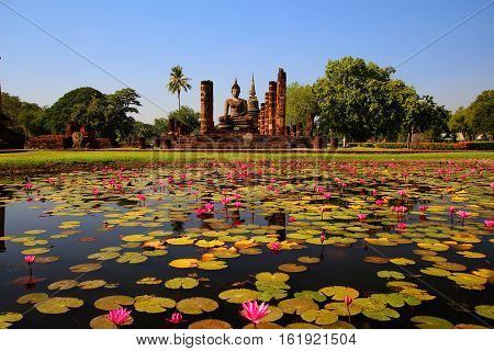 Sukhothai Historical Park Sukhothai Old Town historic civilization history tourism World Heritage Site ThailandUNESCO.
