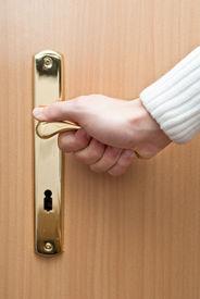 picture of door-handle  - Opening the door - JPG