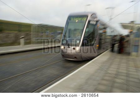 Laus Tram