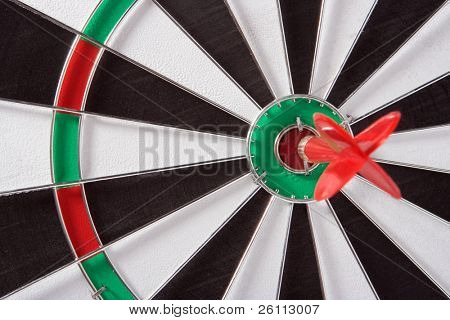 Darts with arrow