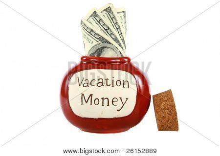 Urlaub Geld Glas Marmelade verpackt mit Bargeld, isoliert auf weiss mit Platz für Ihren text