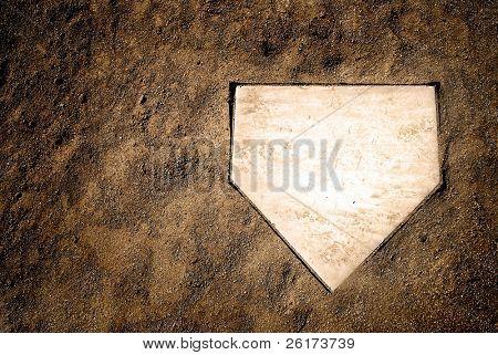 Home-Plate auf Baseballfeld mit textfreiraum
