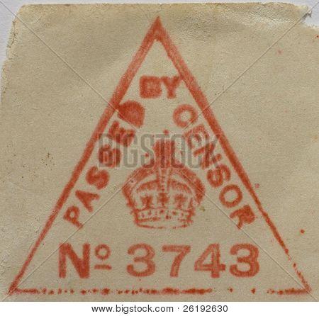 eine britische Weltkrieg Zensur Stempel auf einem Umschlag. Deaktivieren Sie sehr detaillierte Datei Papierfasern anzeigen