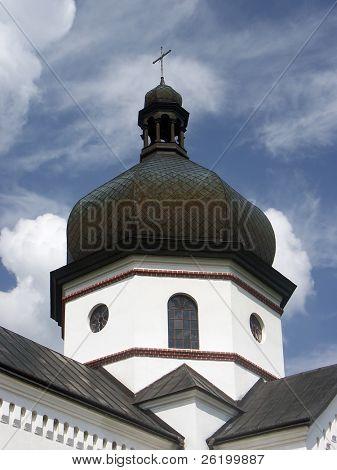 White church tower 0813_94