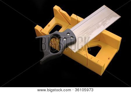 Mitrebox With Saw