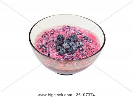 Blackberry (rubus) with sour cream