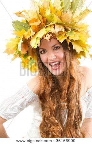 Beautiful Fall Woman. Close Up Portrait Of Girl With  Autumn Wreath