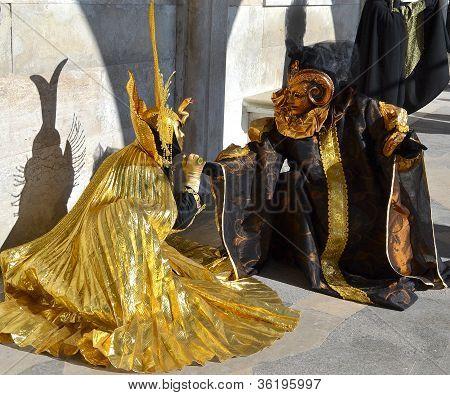 Venice Carnival Gold
