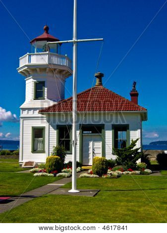 Lighthouse Yardarm