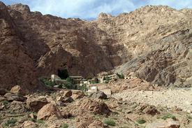 foto of zoroastrianism  - Zoroastrian monastery Chak - JPG