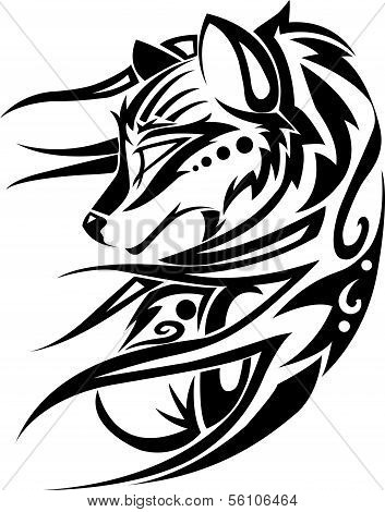 image of anwomen wolf tribal on a white background