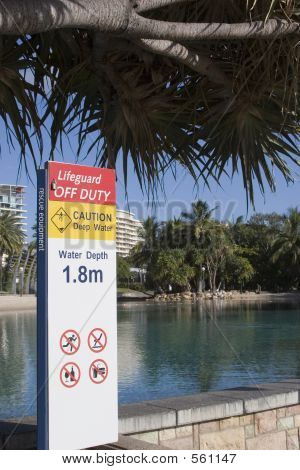 Lifeguard Safetey Sign