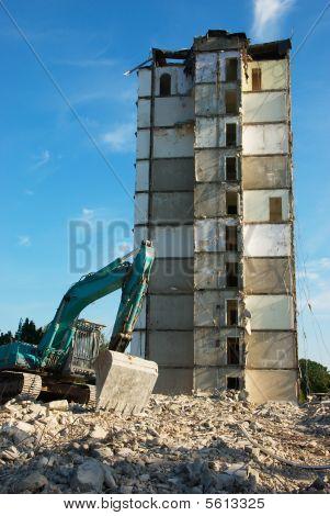 Demolishing plattenbau
