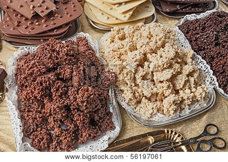Puffed Rice With Chocolate