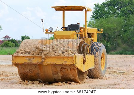 Soil compaction machine