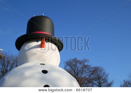 Big blowup snowman