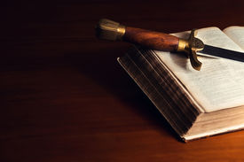 pic of sword  - 150 year old Bible with a sword - JPG